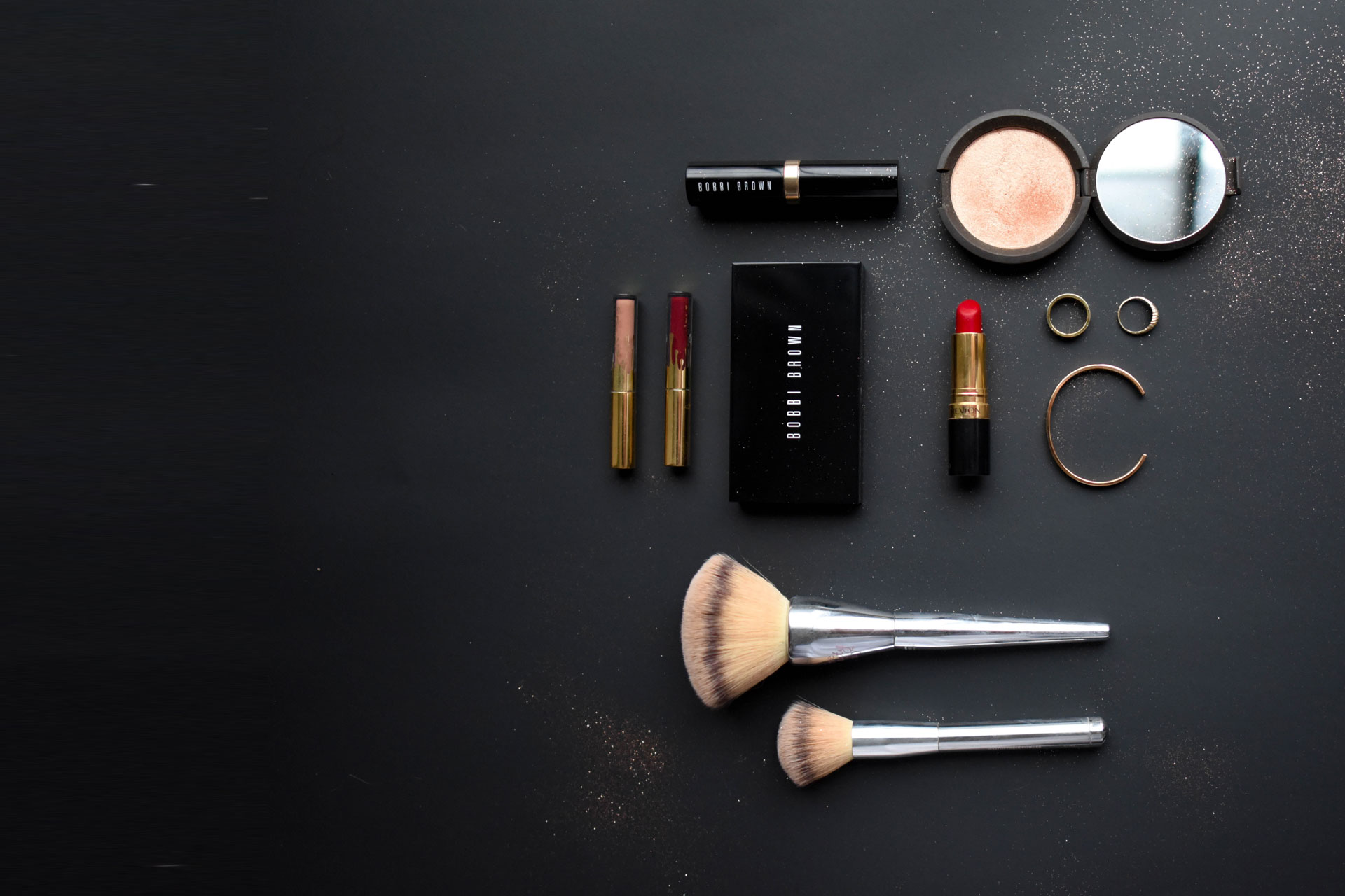 Covid-19, MAKE UP KIT