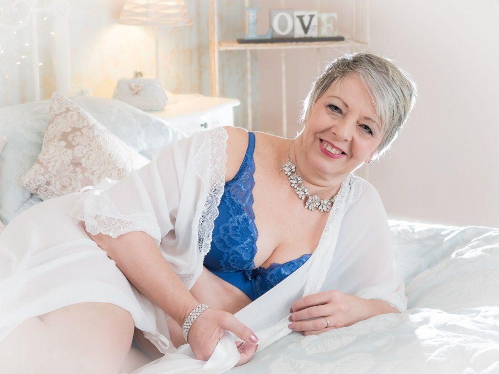 boudoir for mature women