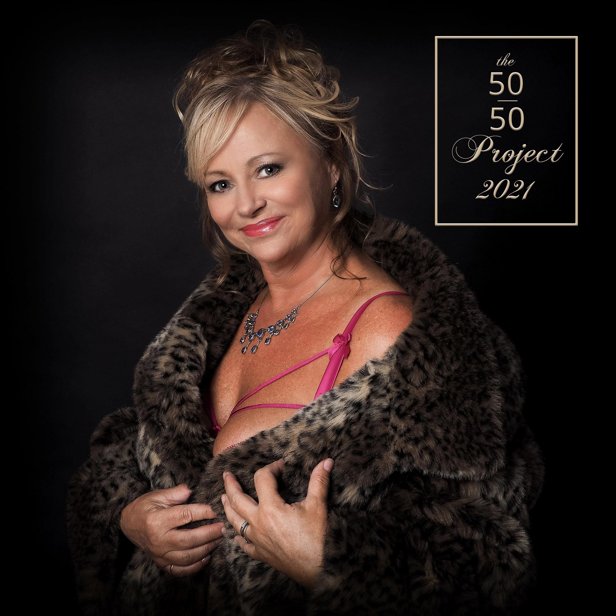 Boudoir photoshoot mature woman